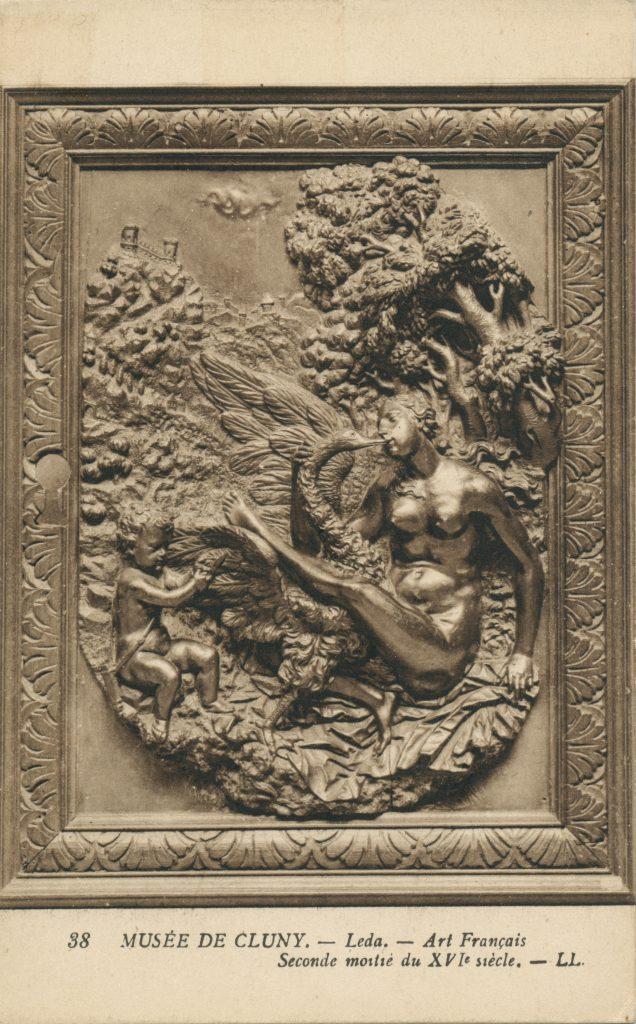 レリーフの女性(The female of the relief)