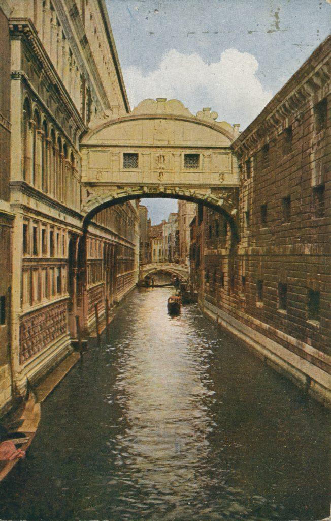 ヴェネツィアの運河(Venetian canal)