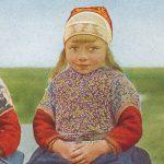 Two sisters(二姉妹) – Free image Vintage postcard